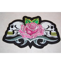 Two skulls with rose 138 E