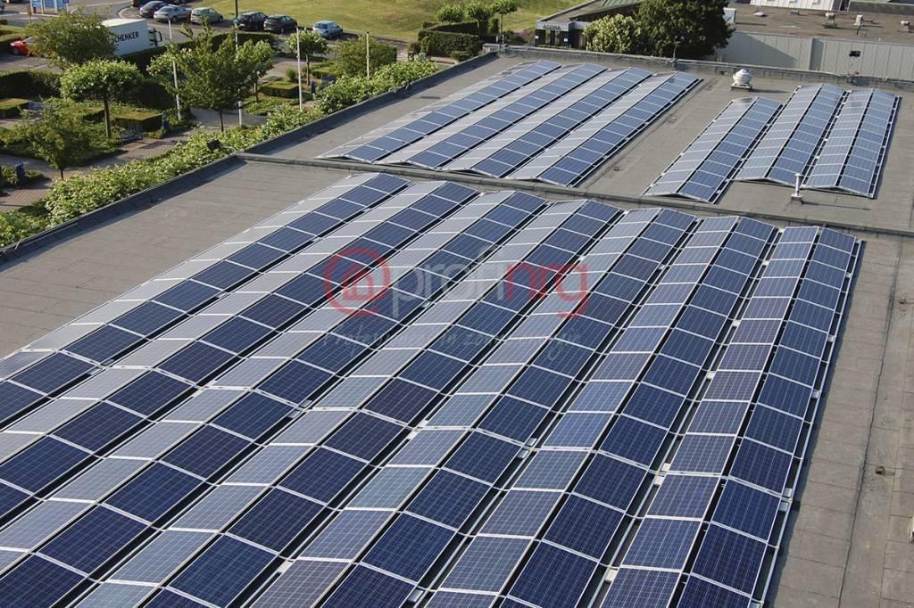 PV-systeem met Sunbeam Symmetrical 2100 - 100 panelen