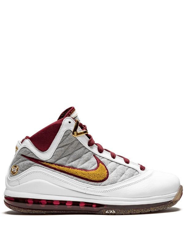 Nike Lebron James 7 NFW sneakers, wit