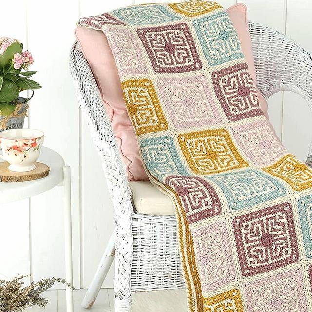TUVA Cosy Crochet Blankets to Snuggle Under