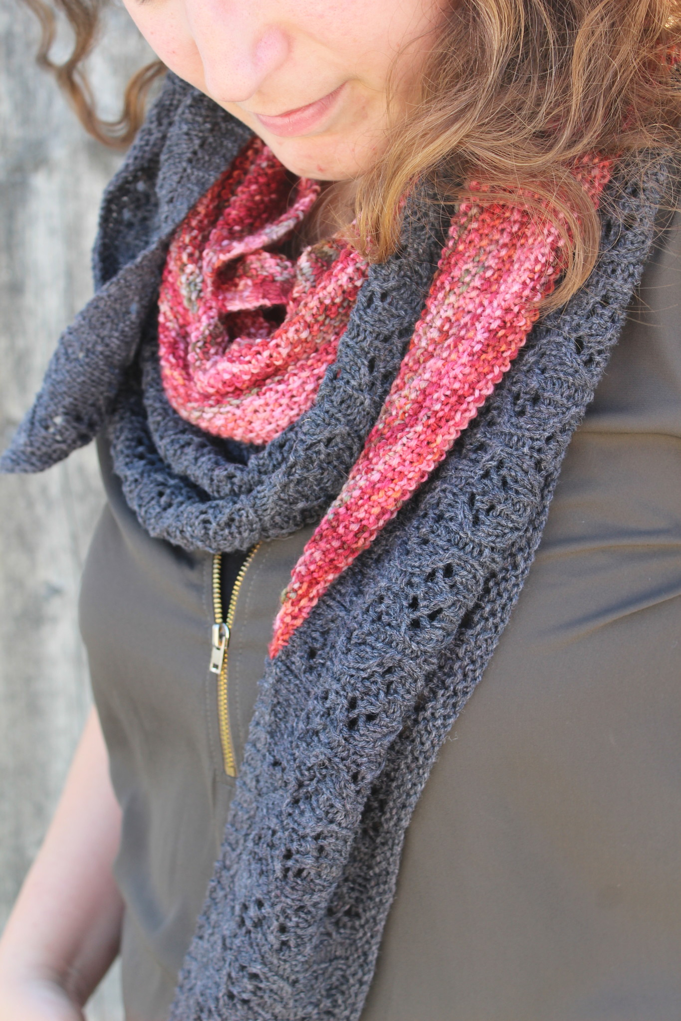 Amilishly Designs Los Patroon - Wandering Poppy Shawl