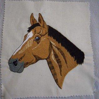 bruin paard 2
