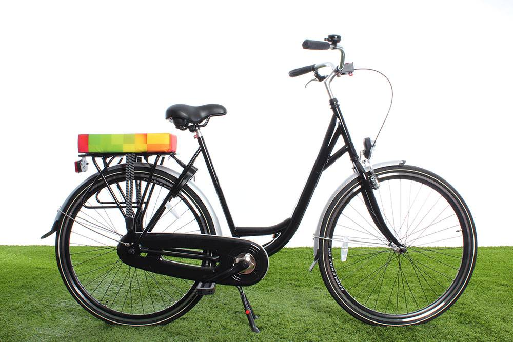 Kussen Fiets Achterop : Hooodie big cushie blocks vrolijk kussen voor achter op de fiets
