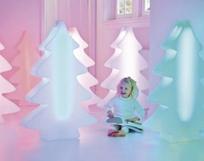 Verlichte Kerstbomen