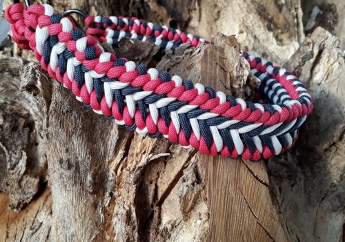 Working Dogs Paracord -Halsband Milky Way