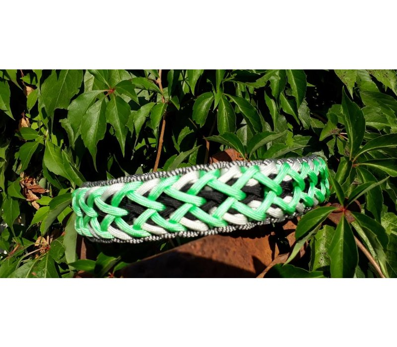 Paracord -Halsband Fly Trap