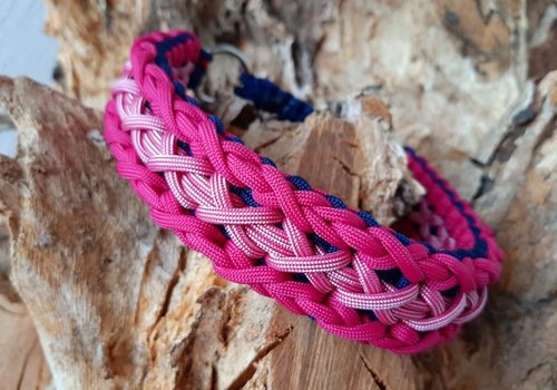 Working Dogs Paracord -Halsband Triple X