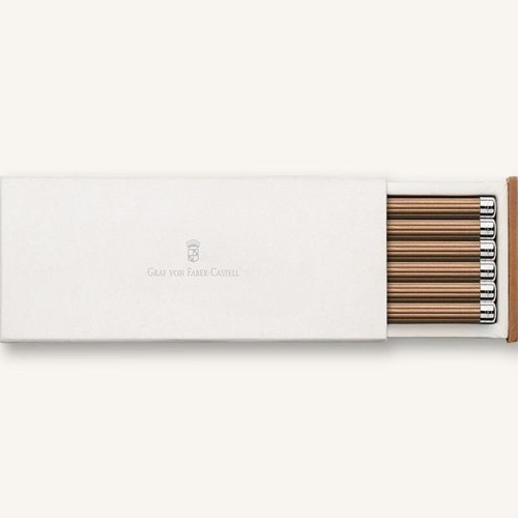 Faber-Castell Sechs holzgefasste Bleistifte braun mit Silberkrone