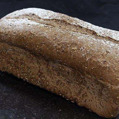 800 grams meergranen brood 90% gebakken