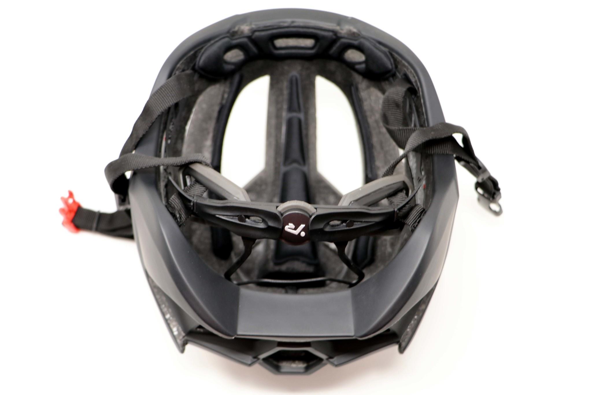 R1 Bicycle and Rollerski helmet BLACK