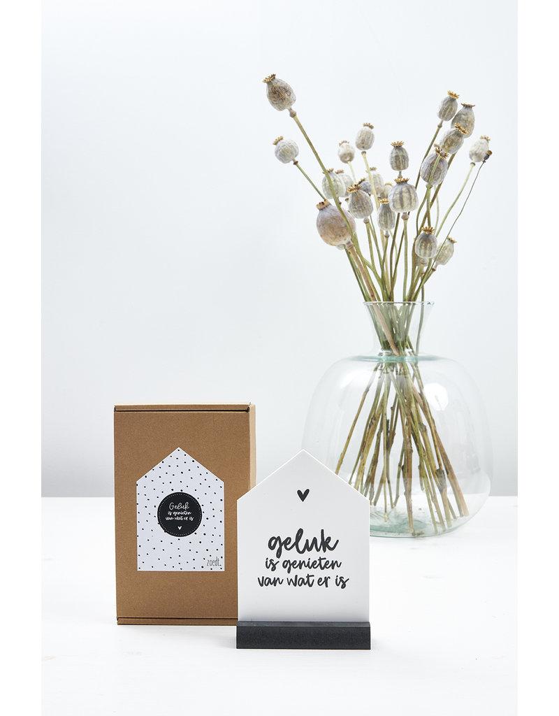 Zoedt Huisje met tekst 'Geluk is genieten van wat er is' in cadeauverpakking