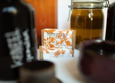 http://www.werfzeep.blog/seizoenszeep-nl/zeep-van-de-maand-herfstzeep/