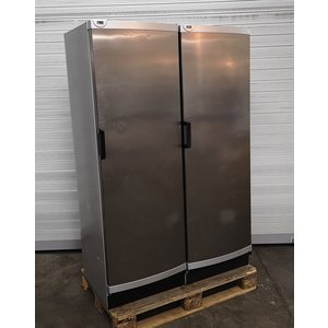 Kühl- und Tiefkühlschrank