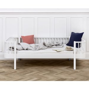 Oliver Furniture Bettsofa Wood Collection, weiß