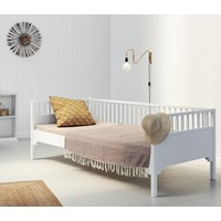 Classic day bed 90 x 200 cm