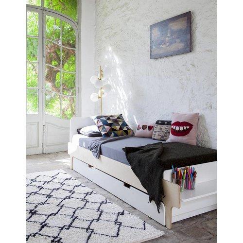 Oeuf Einzelbett River 90 x 200 cm weiß-Birke
