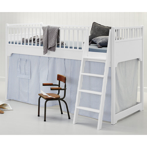 Oliver Furniture Classic low loft bed white