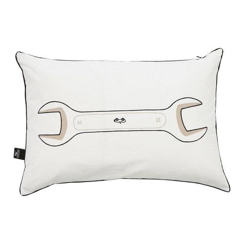 LIFETIME Pillow Road Trip Wrench  40 x 60 cm