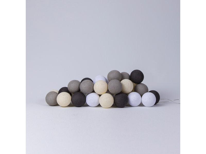 LIFETIME Lichterkette mit Baumwollkugeln sand colours