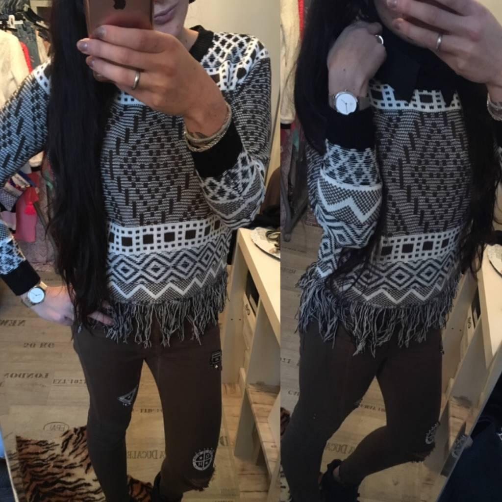 Sweater Black Fringe