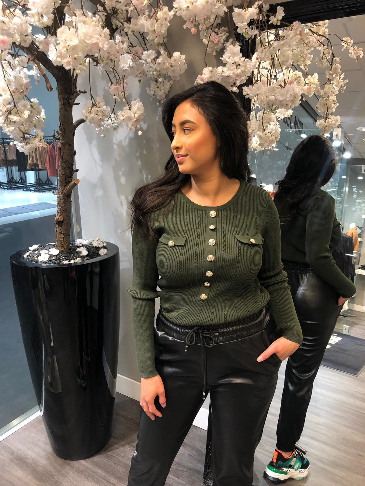 AIMEE BUTTON TOP GREEN