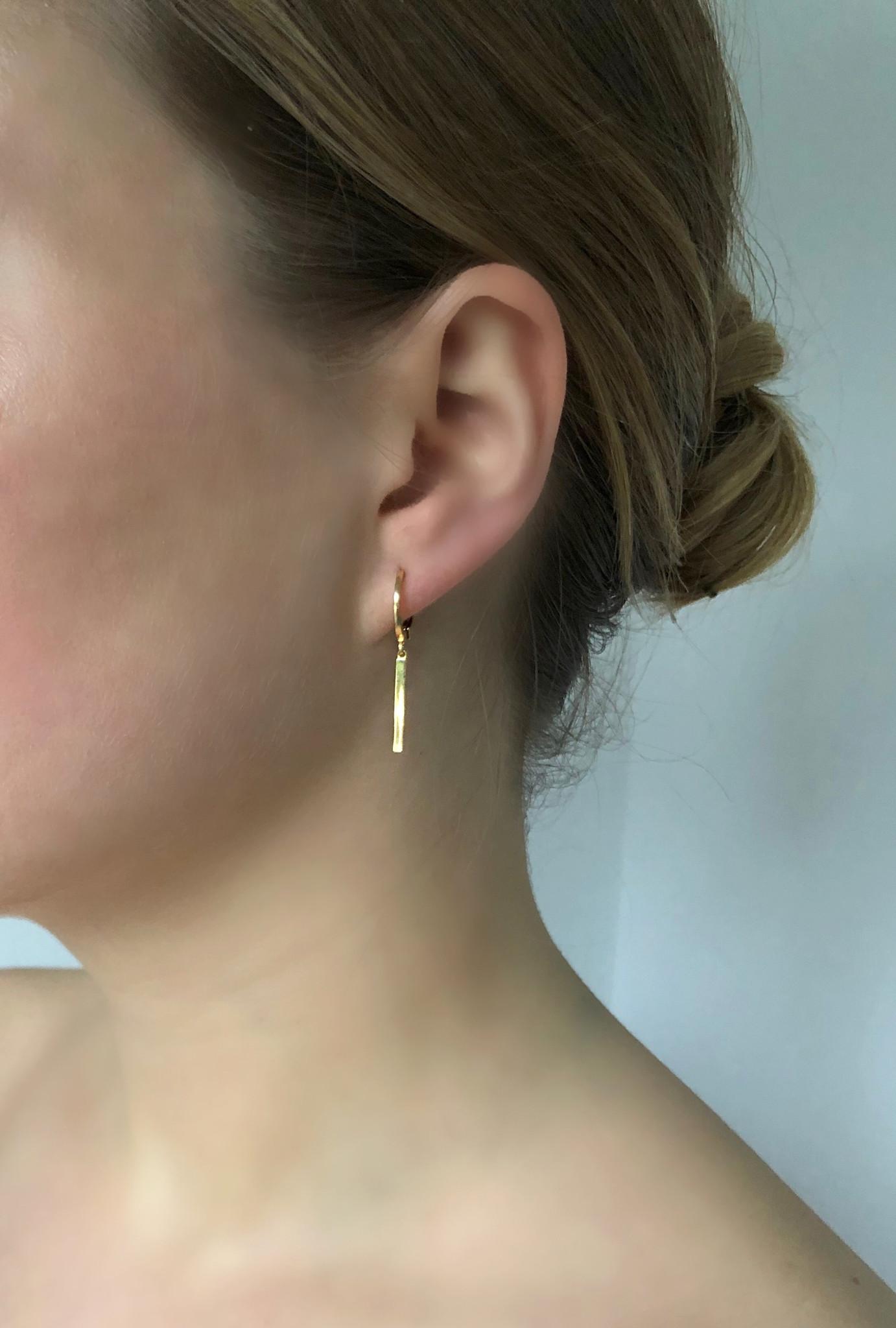 Ellen Beekmans  EARRINGS WITH STICK PENDANT