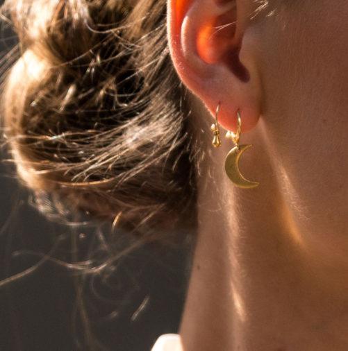 Ellen Beekmans  EARRINGS WITH MOON PENDANT