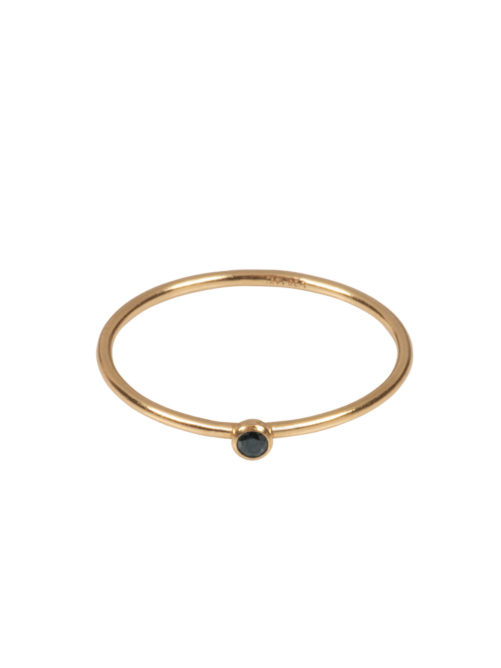 Ellen Beekmans  SMALL RING WITH BLACK STONE