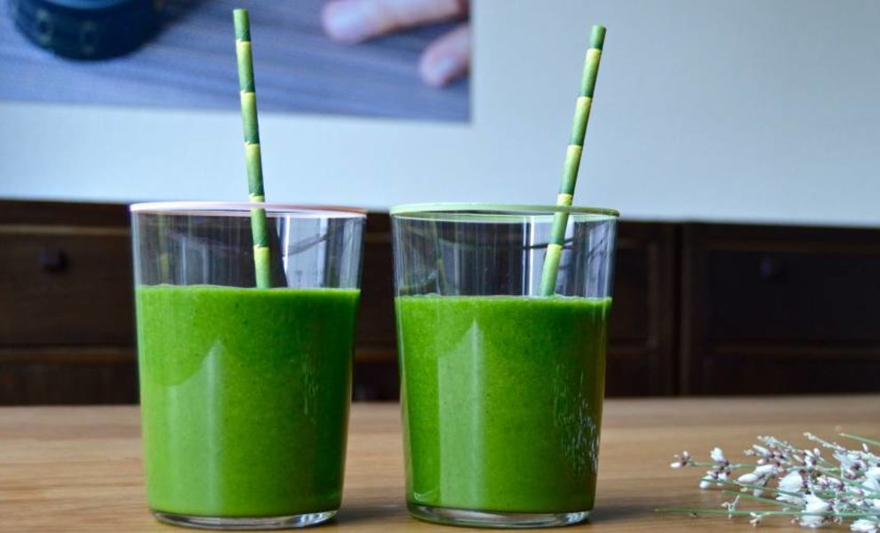 Groene limoen matcha smoothie