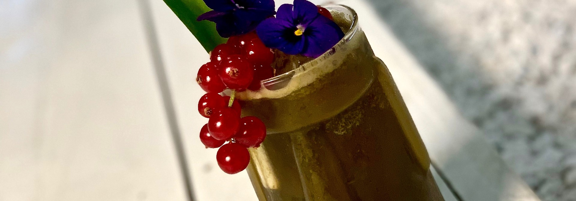 Matcha Mocktail Very Berry