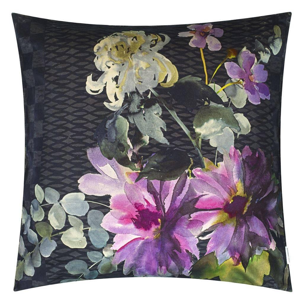 Designers Guild Dekokissen Shalimar, Garden, amethyst, 55/55 cm