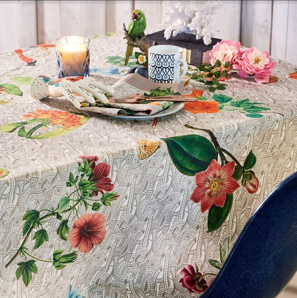 Garnier Thiebaut Tischdecke Gaia Floralies  115x115cm