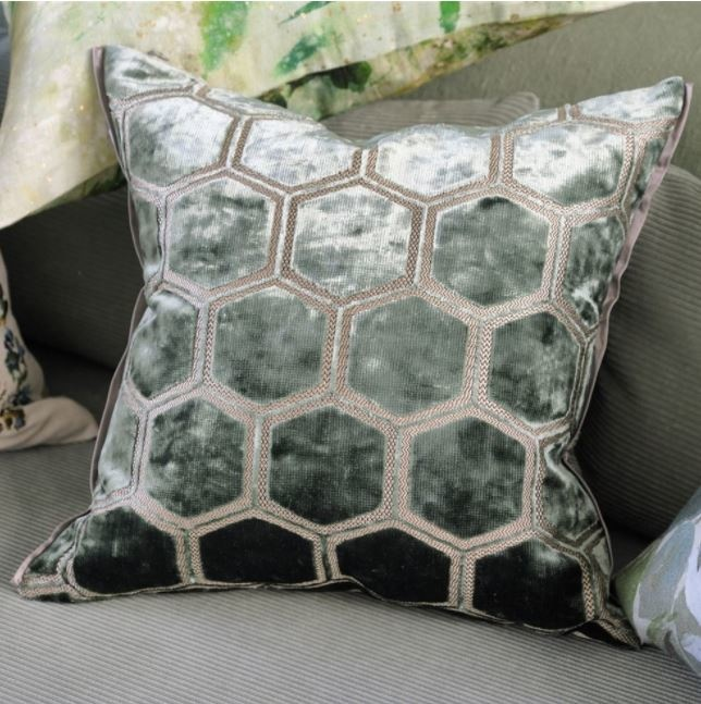 Designers Guild Kissen Manipur Jade 43x43cm