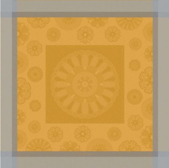 Garnier Thiebaut Tischdecke Murano Curry 115x115cm