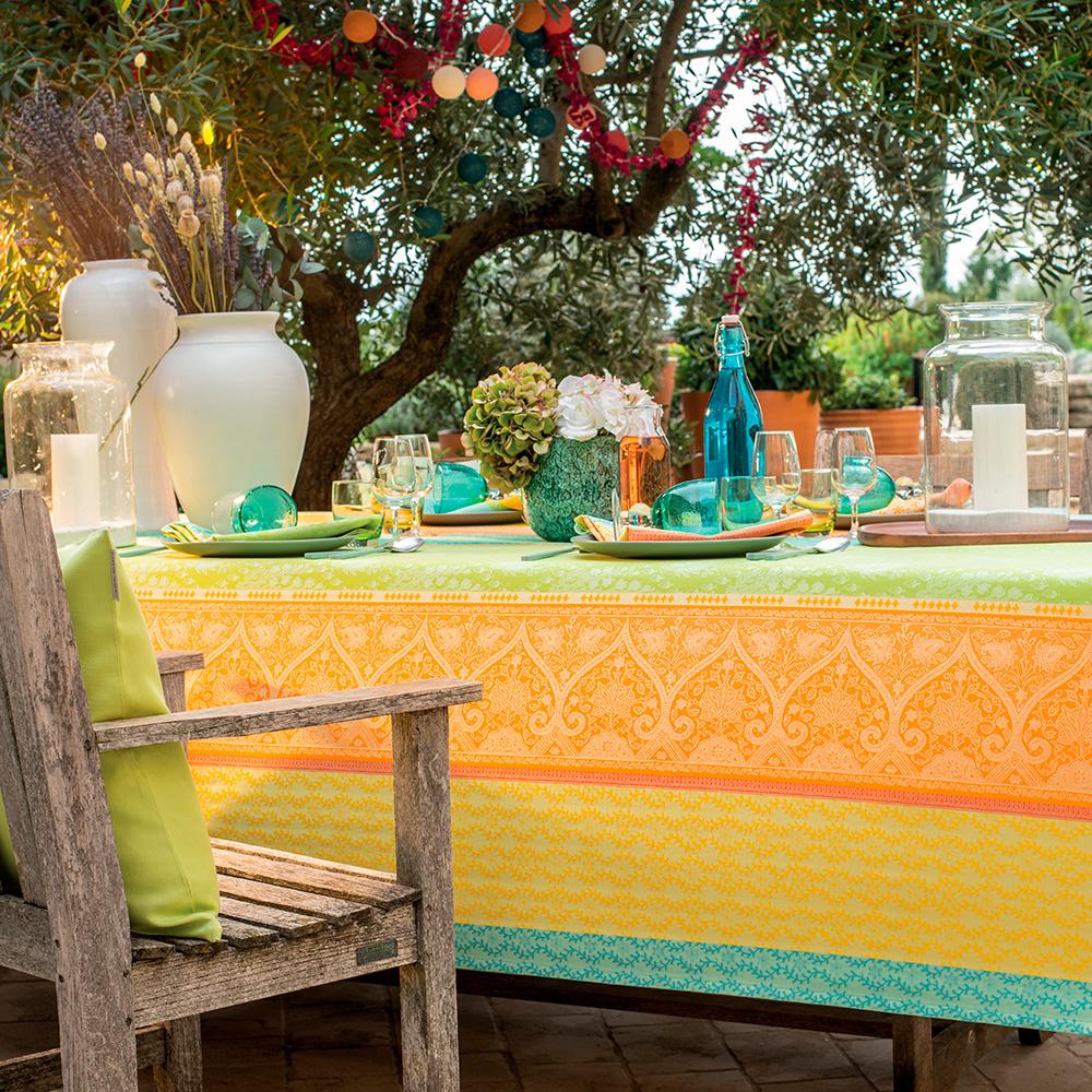 Garnier Thiebaut Tischdecke Mille Saris Kerala 155x260cm