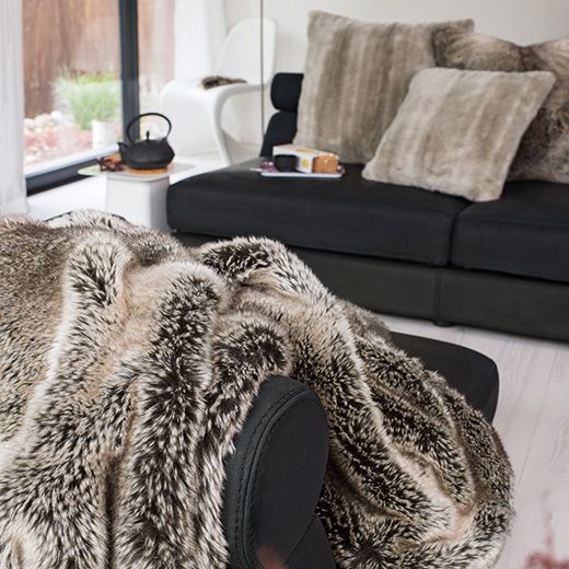 Winter Home Webpelzdecke Yukonwolf