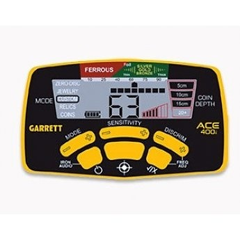 Garrett Garrett 400i met Pro Pin-Pointer AT de Oranje onderwater wortel.