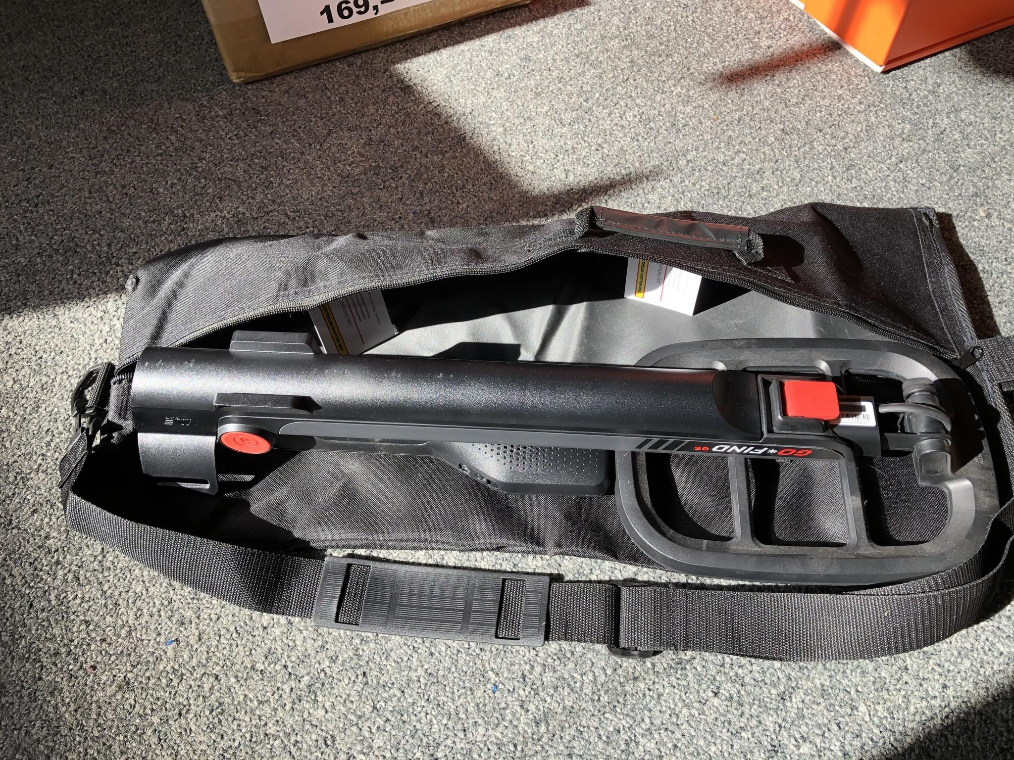 tas opberg draag tas is 60 cm lang.
