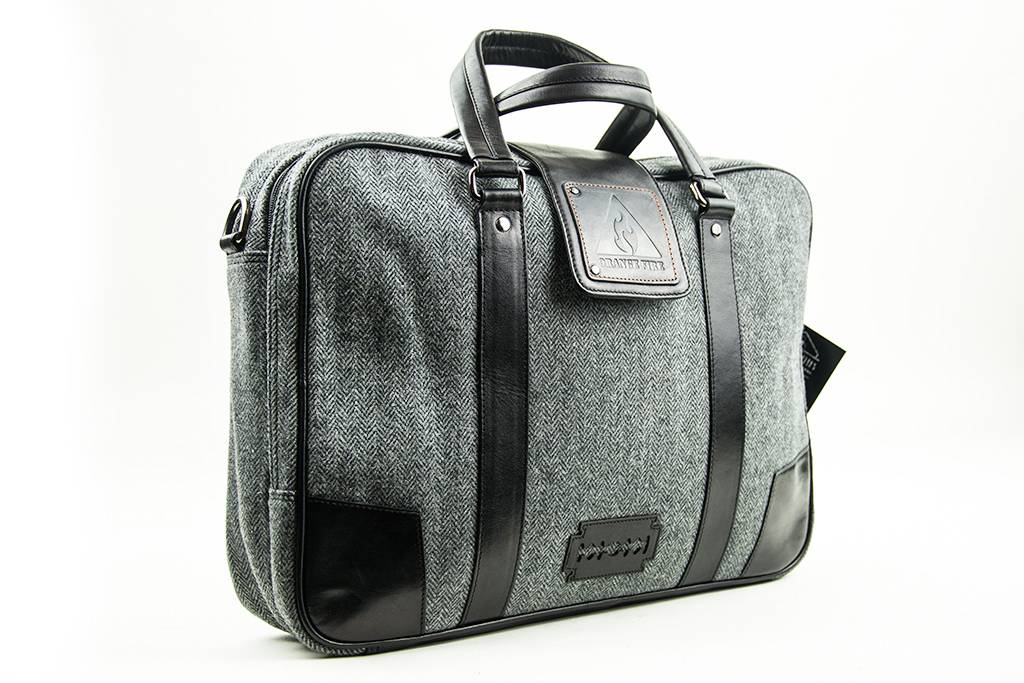 Shelby Brothers collection by Orange Fire Thomas 15 inch laptoptas