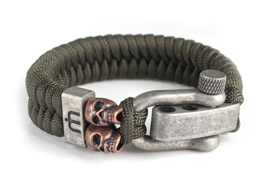 Musthef Dusty olive green skull armband