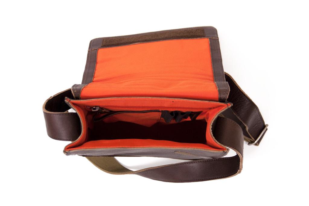 Orange Fire  Tablet tas Ted Brown