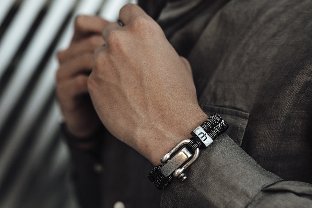 Musthef Dusty black & grey koord armband