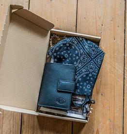 Urban Bozz Giftbox - Black Paisley