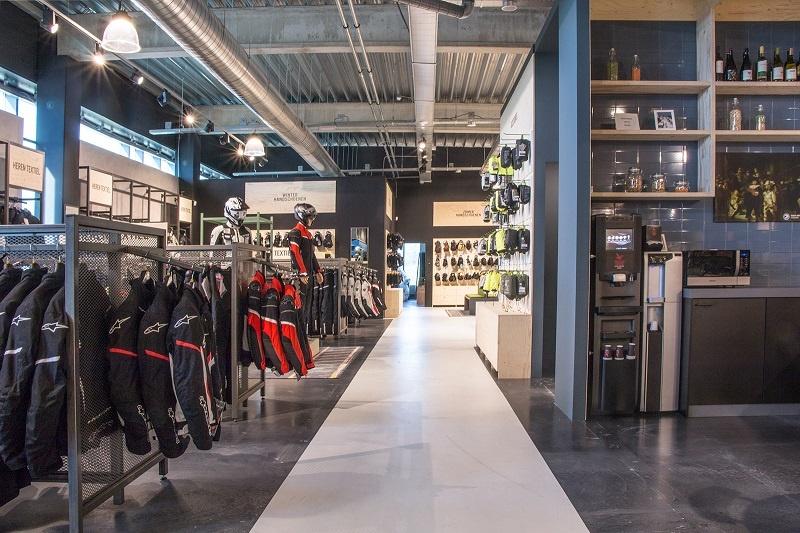 Nog een impressie van Motorkledingcenter Tilburg store afbeelding nummer 9