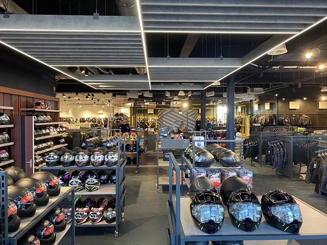 Nog een impressie van Motorkledingcenter Assen store afbeelding nummer 4