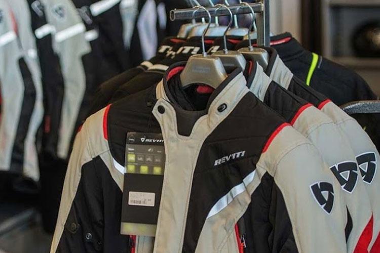 Nog een impressie van Motorkledingcenter Venlo store afbeelding nummer 2