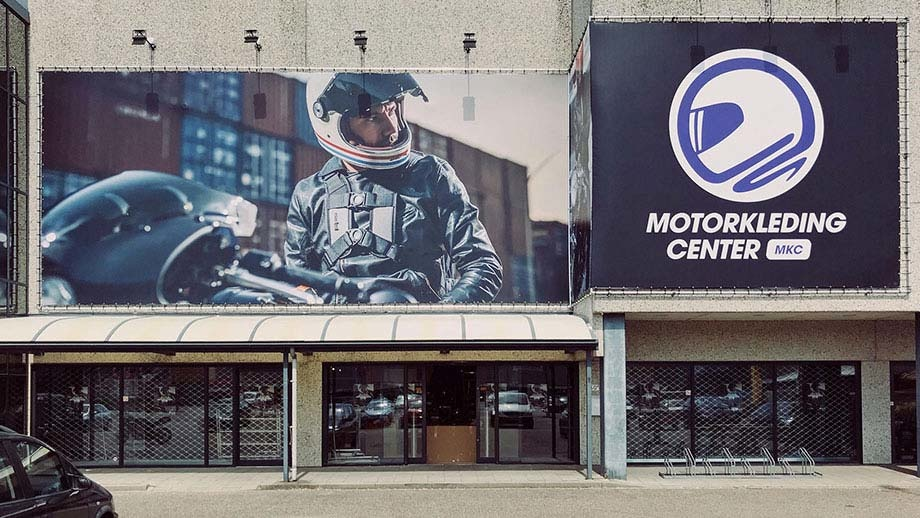 Speel de Motorkledingcenter promo video