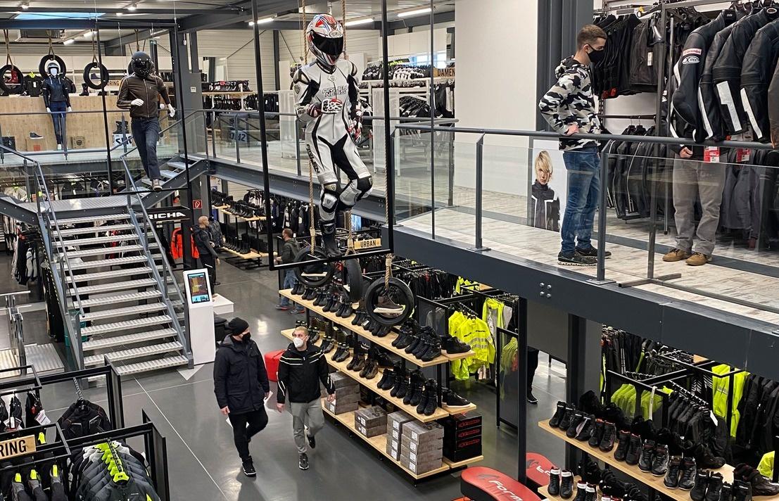 Nog een impressie van MKC Moto Wiener-neustadt store afbeelding nummer 4