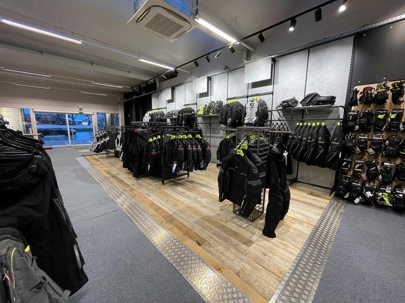 Another impression of Motorkledingcenter Bruges store afbeelding nummer 4
