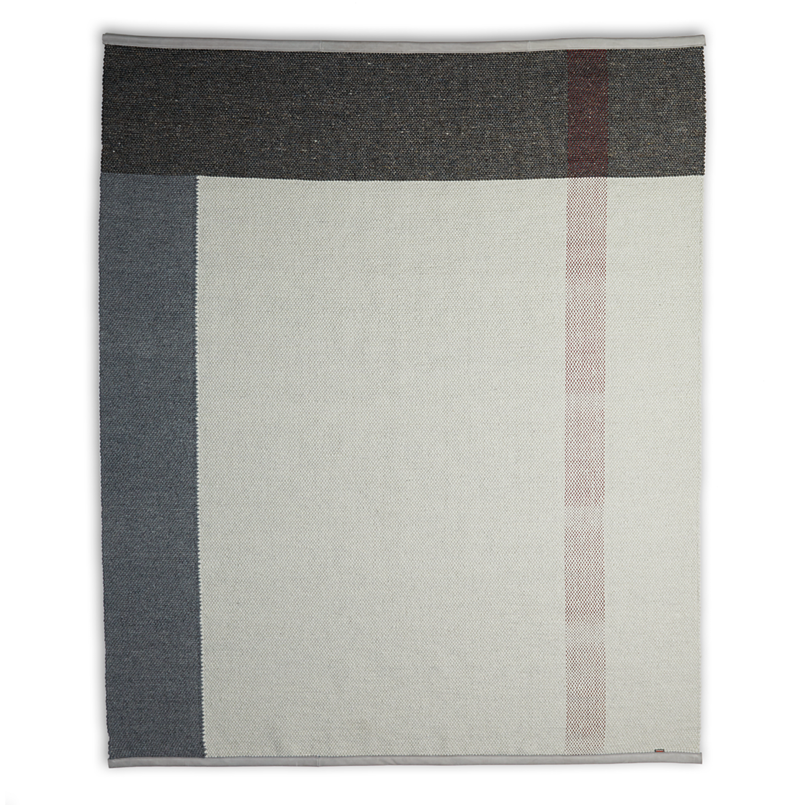 LABEL | Vandenberg Red Chain Carpet Grey